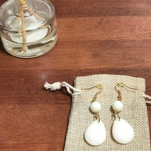 Ivory and Gold Drop Earrings!